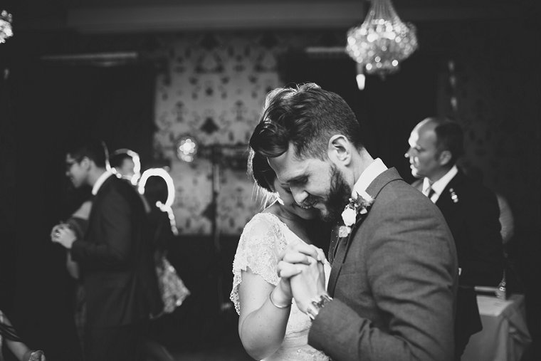 the-bell-in-ticehurst-wedding-photography-129